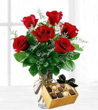 Six Vased Red Roses with Chocolates