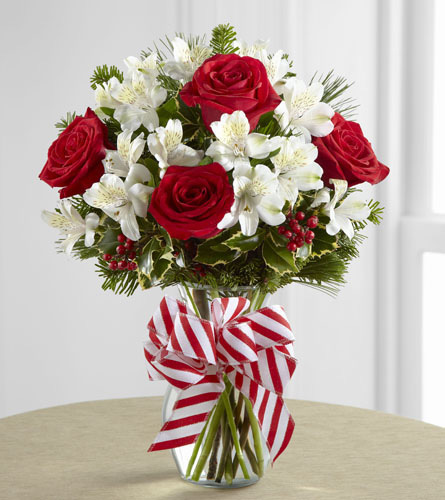 FTD's Holiday Enchantment Bouquet