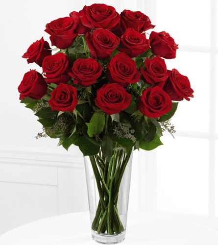 FTD's Deluxe Red Rose Arrangement